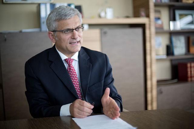 Átléptek a bankok egy küszöböt (Interjú Jelasity Radovánnal)