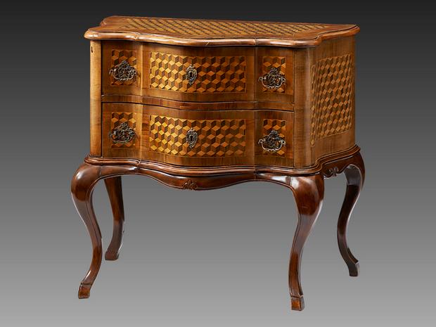Antik bútorok a modern enteriőrökben  PORTFOLIO.HU