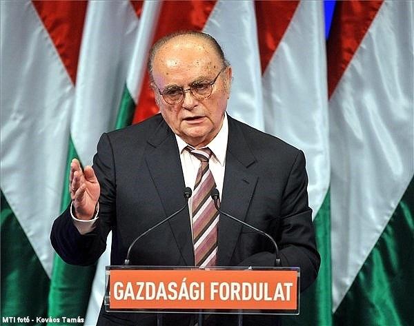 Kritikát is kapott a kormány Demján Sándortól