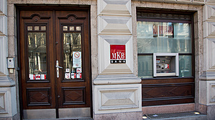 CEO sells stake in Hungary's MKB Bank