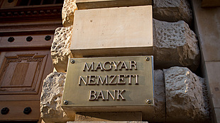 What lies ahead of Hungary's cenbank and the forint? - 10 key questions