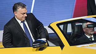 PM Orbán talks with Audi exec about Hungarian plant