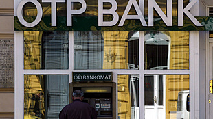 Romanian cenbank blocks purchase of Banca Romaneasca by Hungary's OTP