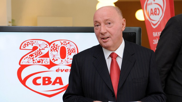 Founder of Hungarys CBA to exit business entirely - paper