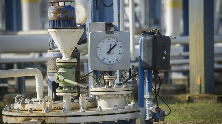 Hungarys gas storage facilities are almost empty