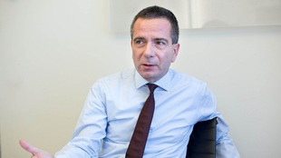 Hungary Mol pays dividend from cash flow, not credit - CFO