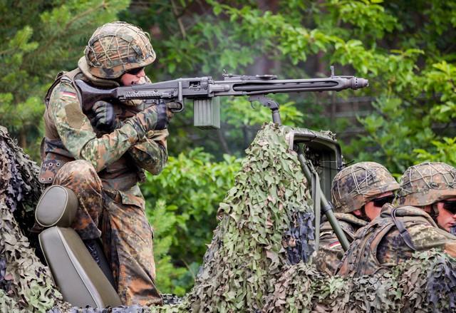 Elképesztő tűzerővel rendelkezik a világ 10 legerősebb hadserege