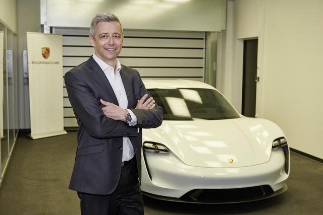 Bejutottunk a Porsche titkos szentélyébe, ahol a Tesla ellenfele, a Taycan készül