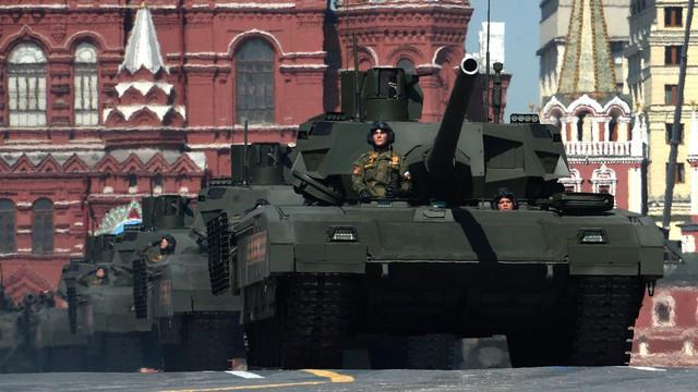 Mire mennének az új magyar harckocsik, Putyin rettegett szupertankja ellen?