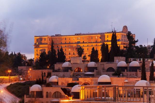 Íme 5 történelmi múltú szálloda, amit a legnagyobb legendák is szívesen látogattak