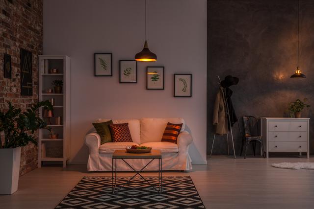 Borzalmasan magas a lakbér: tényleg jobb venni, mint az ablakon kidobni a pénzt?