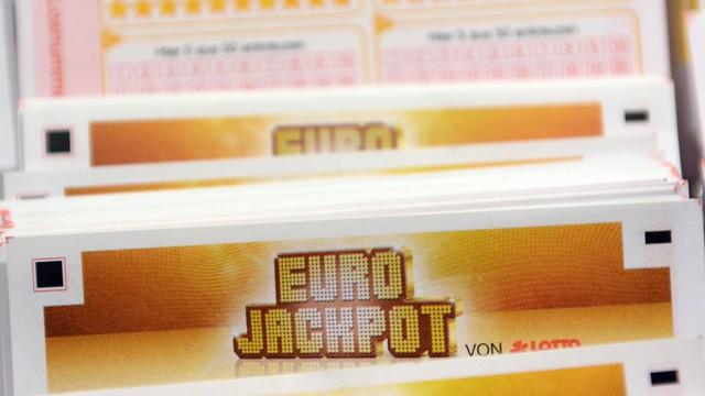 Megvan, ki vitte el minden idők legnagyobb európai lottónyereményét