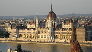 /img/upload/title310/B/budapest_parlament_getty-20190524.jpg