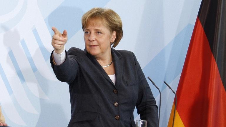 Német lapértesülések szerint kész Merkel terve hatalmának megerősítésére