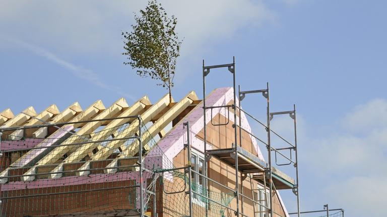 Hatalmas csúszásban az épülő lakások: van, aki már három éve várja az átadást