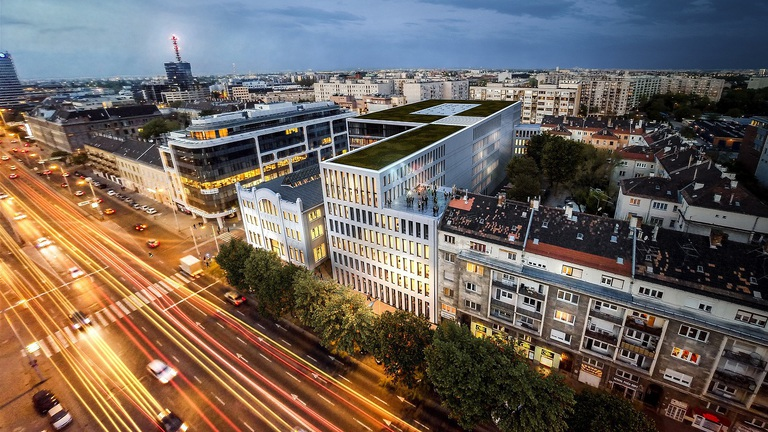 Gazdát cserélt 22 ezer négyzetméternyi iroda a Váci úti folyosón