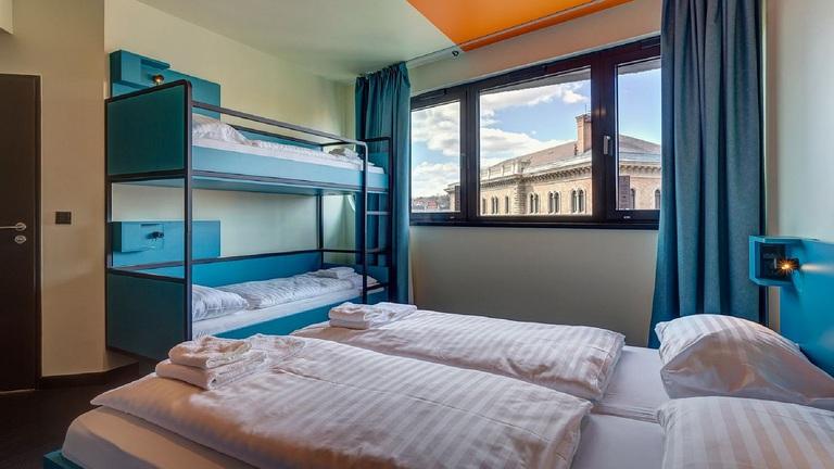 Beindult a hostel háború Budapesten