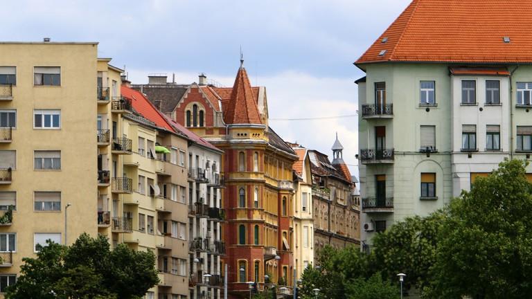 Még mindig tolonganak a befektetők a budapesti lakásokért