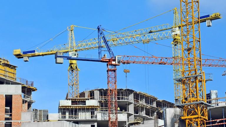 Tovább csúszhatnak az építkezések? – Bekeményített az egyik budai kerület