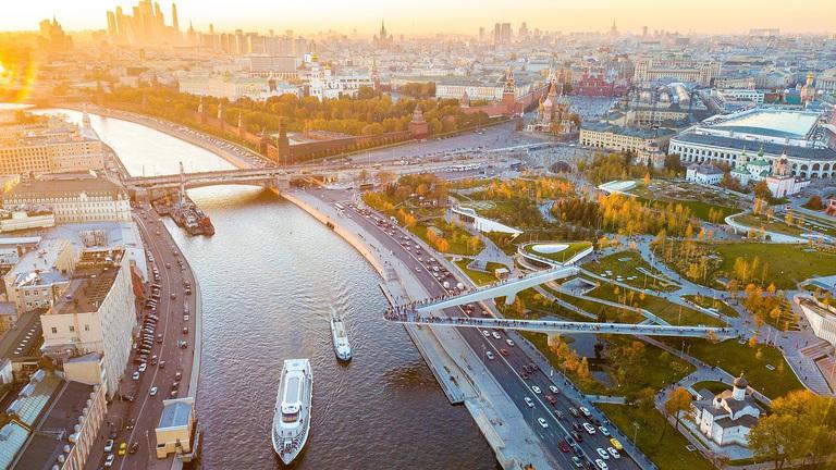 Őrült tempót diktál az orosz építőipar: nem is tudjuk tartani itthon a lépést