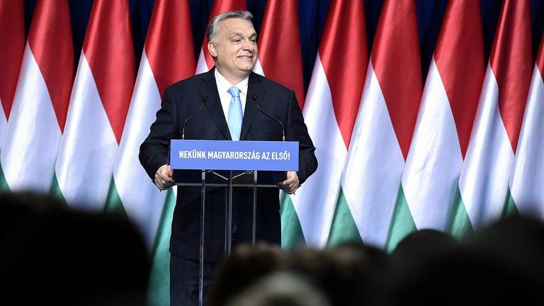 Lavinát indíthat Orbán Viktor új hitele: ingyenpénzt kapunk mindenre?