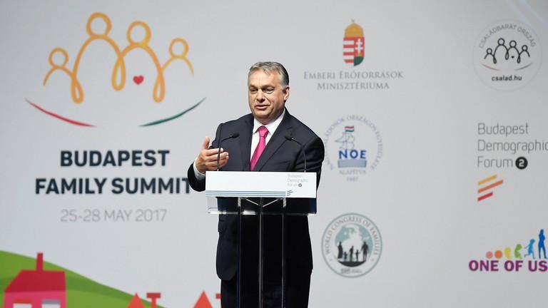 Itt van Orbán Viktor nagy bejelentése, örülhetnek a családok!