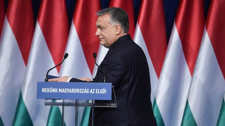 Kiderült, mi az ára Orbán Viktor új csomagjának