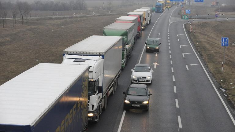 Most már fizikailag sem lesz határ Szlovákia felé