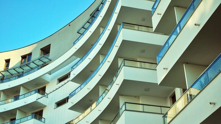 Elképesztő, mi történik az új lakásokkal – 60 millió alatt labdába se rúghatsz