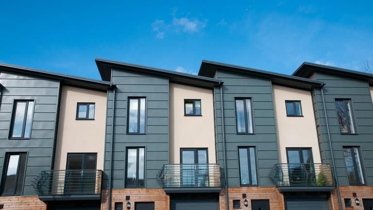 Az Alaptörvényt is sértheti a lakásbérleti díjak befagyasztása
