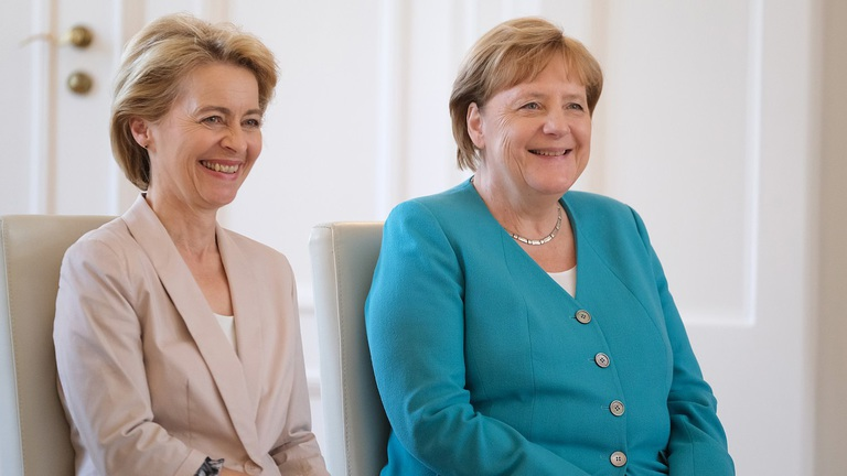 New EC president appeases Hungary, Poland