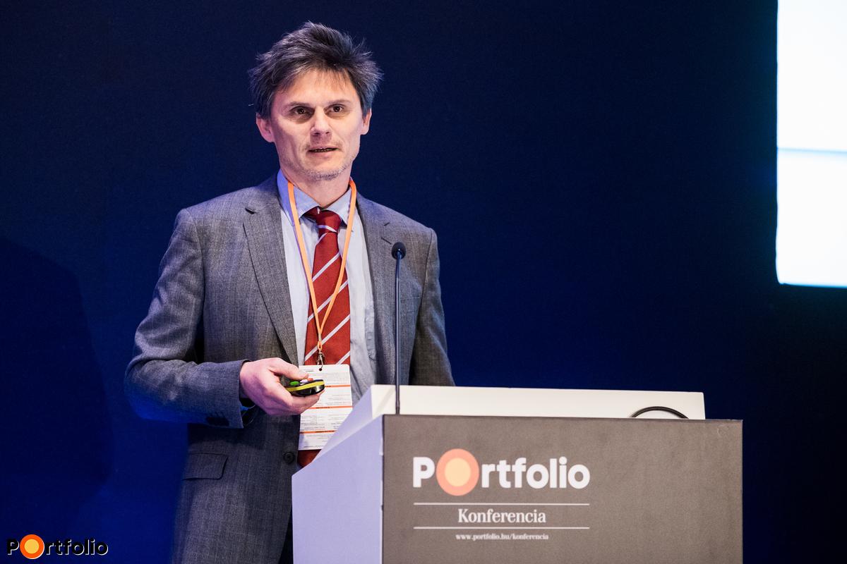 Molnár Balázs (üzletfejlesztési igazgató, Formula / 400 Kft.): Pénzintézeti kalkulációk a felhőben