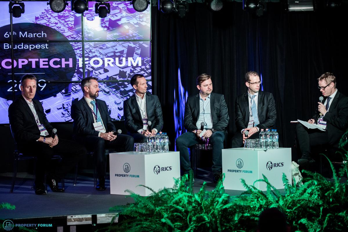 Valuation panel:  Ferenc Németh MRICS (Erste Group Collateral Management), Michael Edwards MRICS (Cushman & Wakefield), Csaba Czeglédi MRICS (Deloitte), Jaroslav Kopac MRICS (JLL), Gábor Pető (UniCredit Bank Hungary),  Sander Scheurwater (RICS)