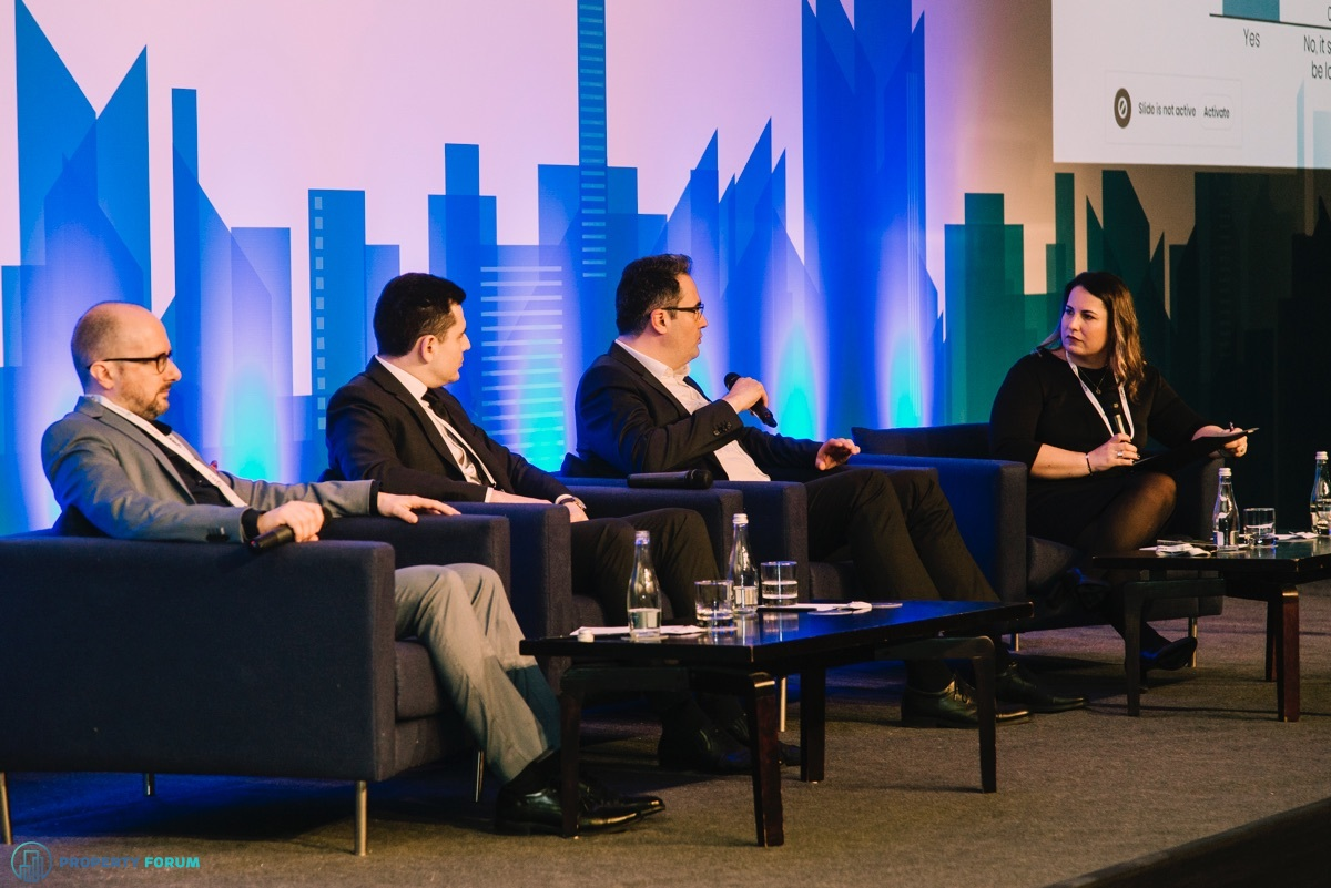 Facility and property management roundtable: Cristian Vasiliu (ROFMA), Codrin Apostol (Global Vision), Valeriu Toma (CBRE Romania) and Mariana Stamate (JLL Romania)