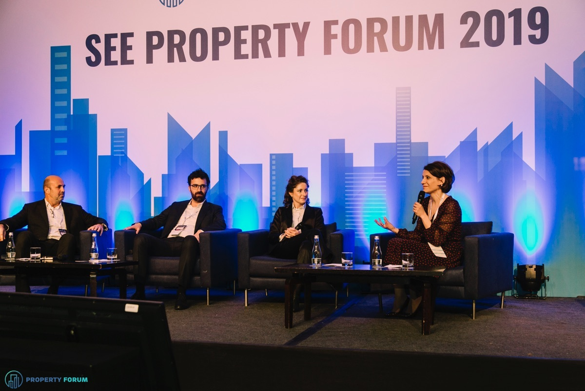 Retail panel: Duarte Cabral (Sonae Sierra), Costin Blideanu (AFI Europe Romania), Viviana Pavel (IKEA) and Carmen Ravon (CBRE Romania)