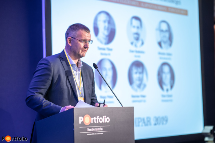Tamás Tibor (kereskedelmi igazgató, BauApp Kft.): Tervrajz és hibajegy kezelés mobilon