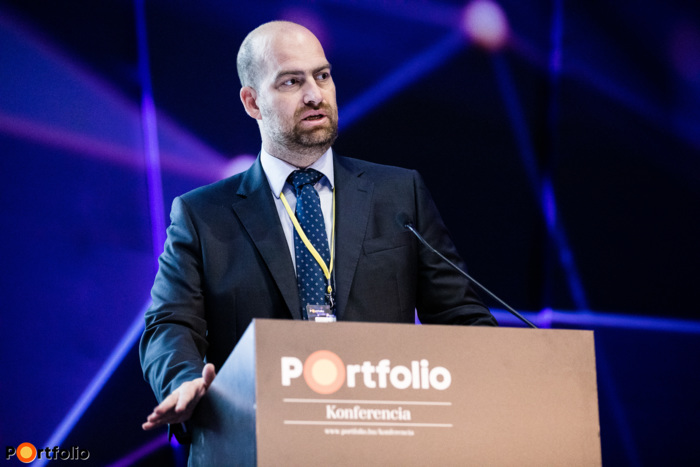 Bán Zoltán a Net Média Zrt.(Portfolio) vezérigazgatója köszöntötte a vendégeket