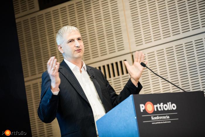 Dr. Mokry Tamás (ügyvezető igazgató, tulajdonos, Tiszta Energiák Kft.): Hogyan vágjunk bele egy naperőmű-beruházásba?