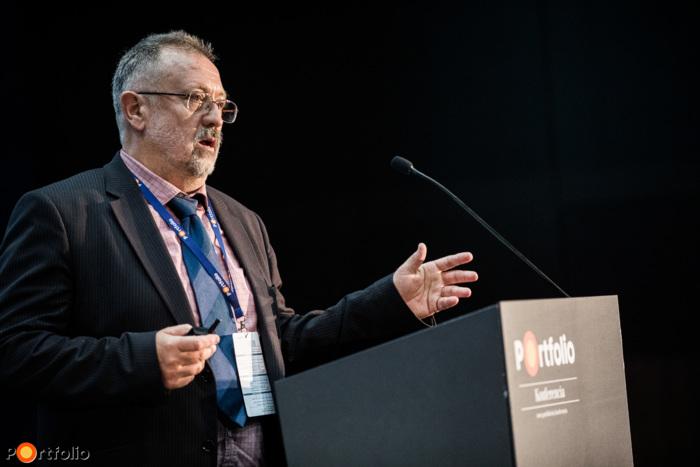 Nikl István (ügyvezető igazgató, InterMap): Városüzemeltetés 3D-ben, lakossági részvétellel. Az okos településmenedzsment alapjai