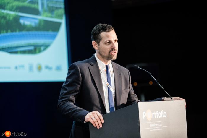 Ditróy Gergely a Portfolio ingatlandivízió-vezetője nyitotta meg a rendezvényt és köszöntötte a vendégeket