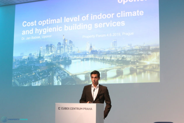 Jan Babiak (Uponor) spoke about the cost optimal level of indoor climate and hygienic building services
