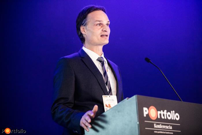 Kadocsa Péter (elnök-vezérigazgató, Aegon Magyarország Befektetési Alapkezelő Zrt.): Gondolatébresztő előadása