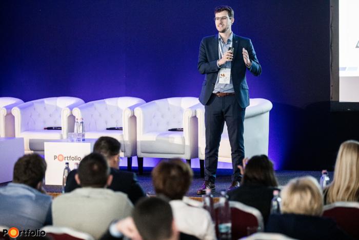 Fischer Bálint (innovációs vezető, Dorsum): Új vagyonos társadalmi réteg került a bankok fókuszába – A prémium banki ügyfél az új aranybánya?