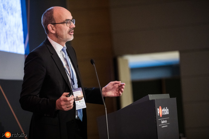 Christian Ketels (vezető közgazdász, Boston Consulting Group): Lassulás, recesszió vagy valami más? Az európai növekedés új kontextusa