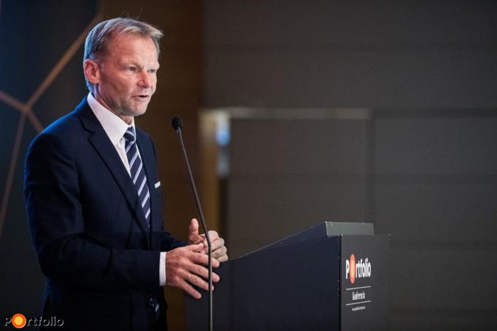 Vazil Hudák (alelnök, Európai Beruházási Bank): Befektetés a zöld, intelligens és fenntartható jövőbe