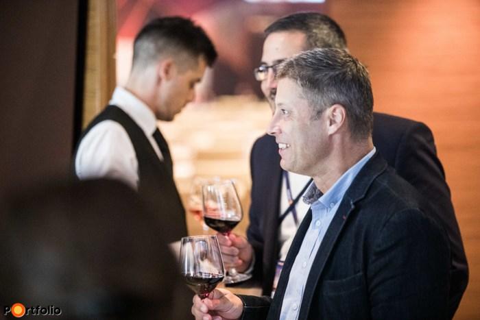 Wine & networking