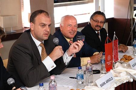 Mark Arnold, Sugár András, G. Németh György