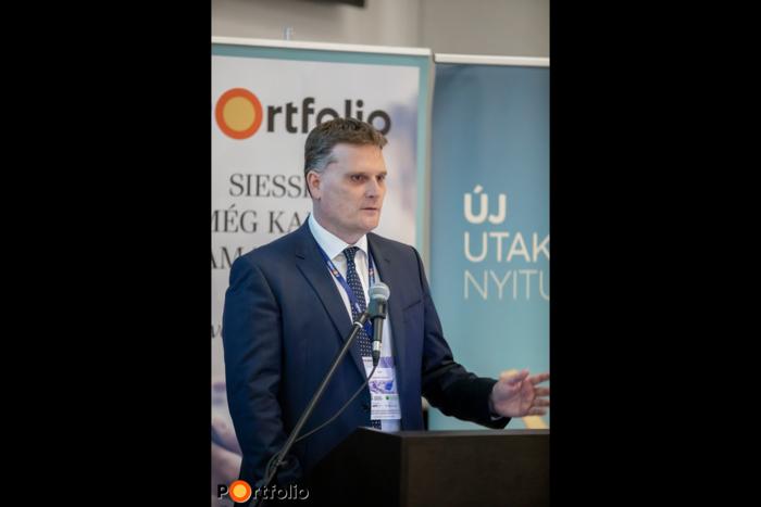 Garamvölgyi Balázs, EU és Üzletirányítási Divízió ügyvezető igazgató, MFB