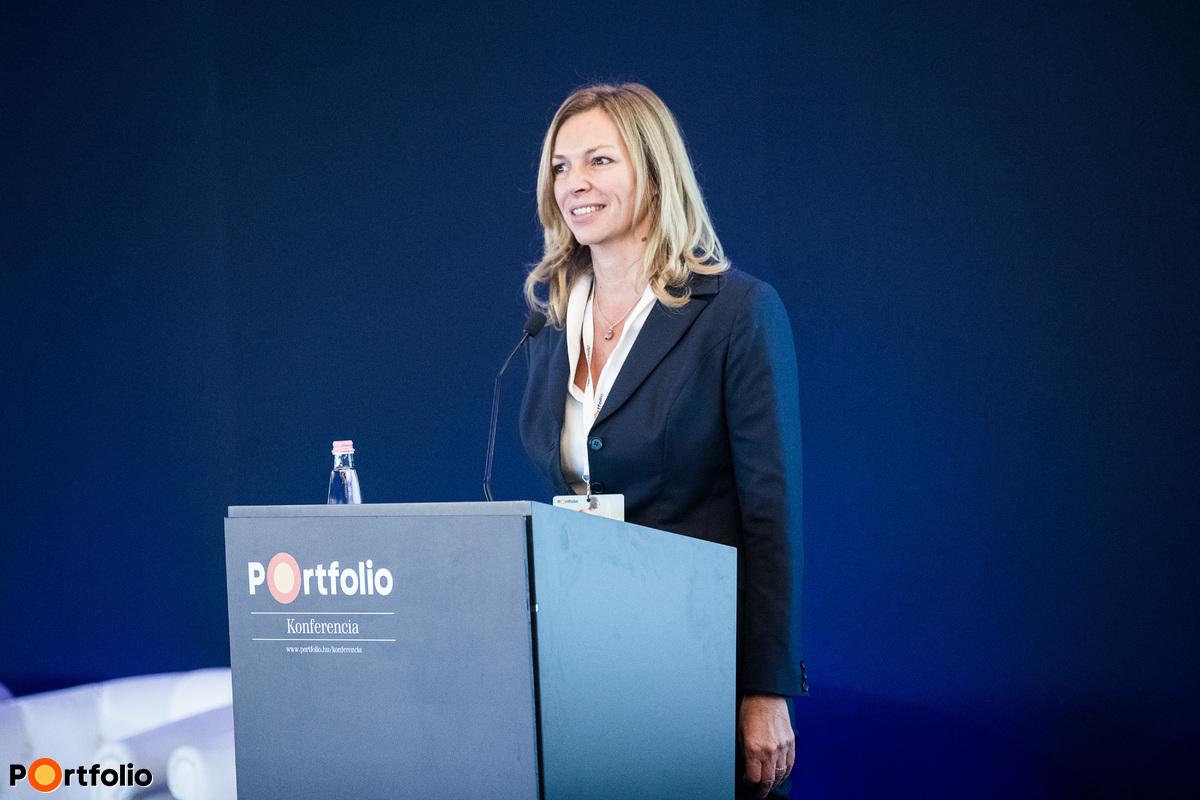 Balogh Gabriella, a Net Média Zrt. egyik tulajdonosa nyitotta meg a rendezvényt.