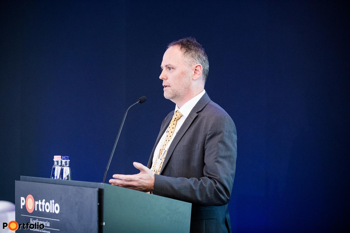 Dervalics Ákos (Country Manager, InnoEnergy HUB Hungary): Hogyan formáljuk fogyasztóink szokásait, hogy megőrizzük energiarendszerünk működőképességét?